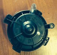 Моторчик печки / вентилятор Citroen C4