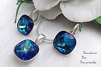 Серебряный комплект с кристаллами Сваровски бриллиантовой ( ювелирной ) огранки в сине-голубых оттенках