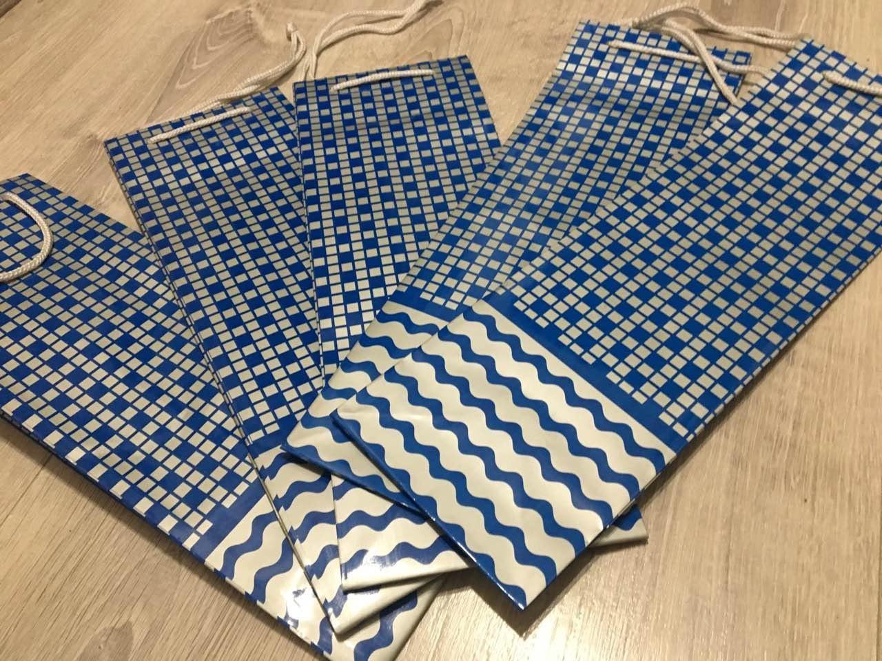 Подарочные новогодние бумажные пакеты БУТЫЛКА ''Волна'' (12*9*36)