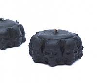 Восковая свеча ритуальная Круг из черепов черная