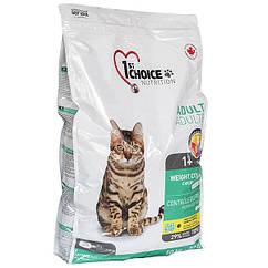 Сухой корм для взрослых котов 1st Choice Adult Weight Control со вкусом курицы 10 кг