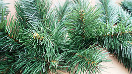 Гирлянда декоративная из хвои длиной 3 м диаметром 26 см - зеленая