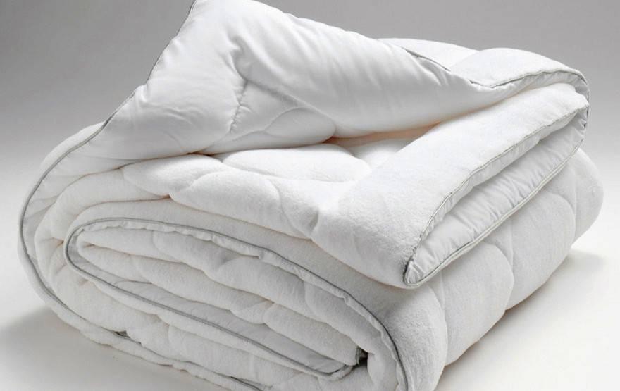 Одеяло TIVOLYO HOME SOFFIA Microplush 195x215