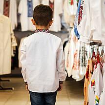 Дитяча сорочка для хлопчика з червоним орнаментом, фото 2