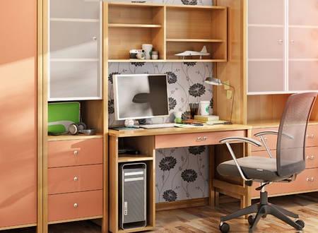 Стол письменный с местом под процессор и выдвижным ящиком под столешницей