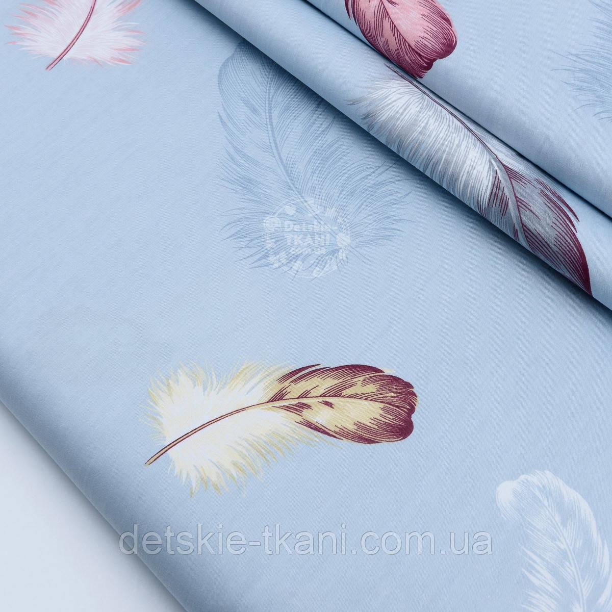 """Сатин ткань """"Большие пышные перья"""" на серо-голубом №1705с"""