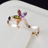 Обворожительное кольцо с кристаллами Swarovski и c позолотой 0471