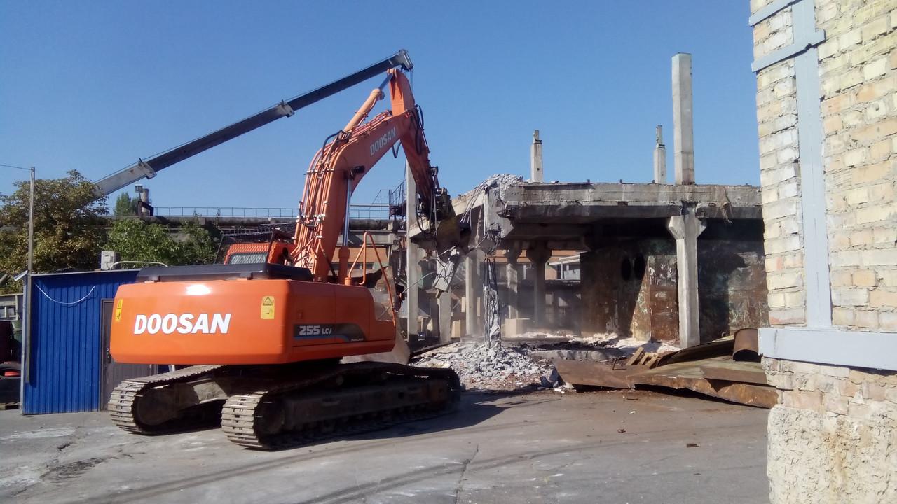 Демонтаж стен, бетона. Демонтажные работы Киев