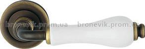 Ручка на розетке Dalia Linea Cali