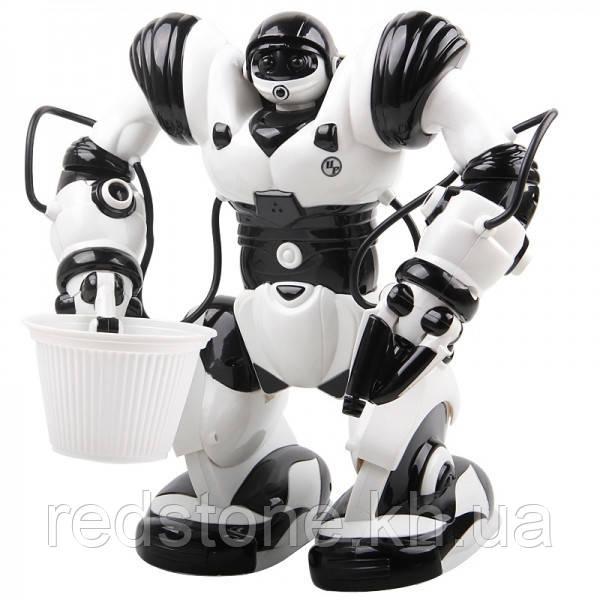 Робот Roboactor з відерцем TT313 на радіоуправлінні
