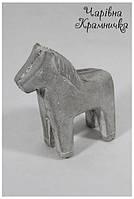 Керамическая лошадь