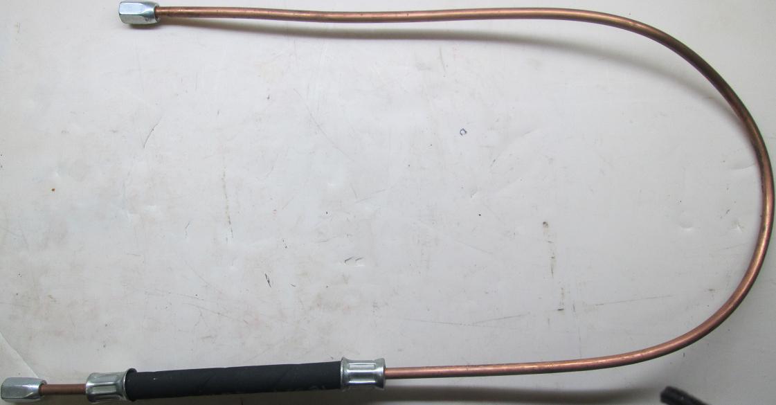 Трубка МТЗ манометра масла 70-3801080