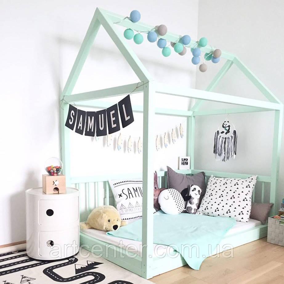 Кроватка-домик напольная из натурального дерева