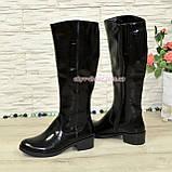 Сапоги лаковые женские зимние на невысоком каблуке, фото 3