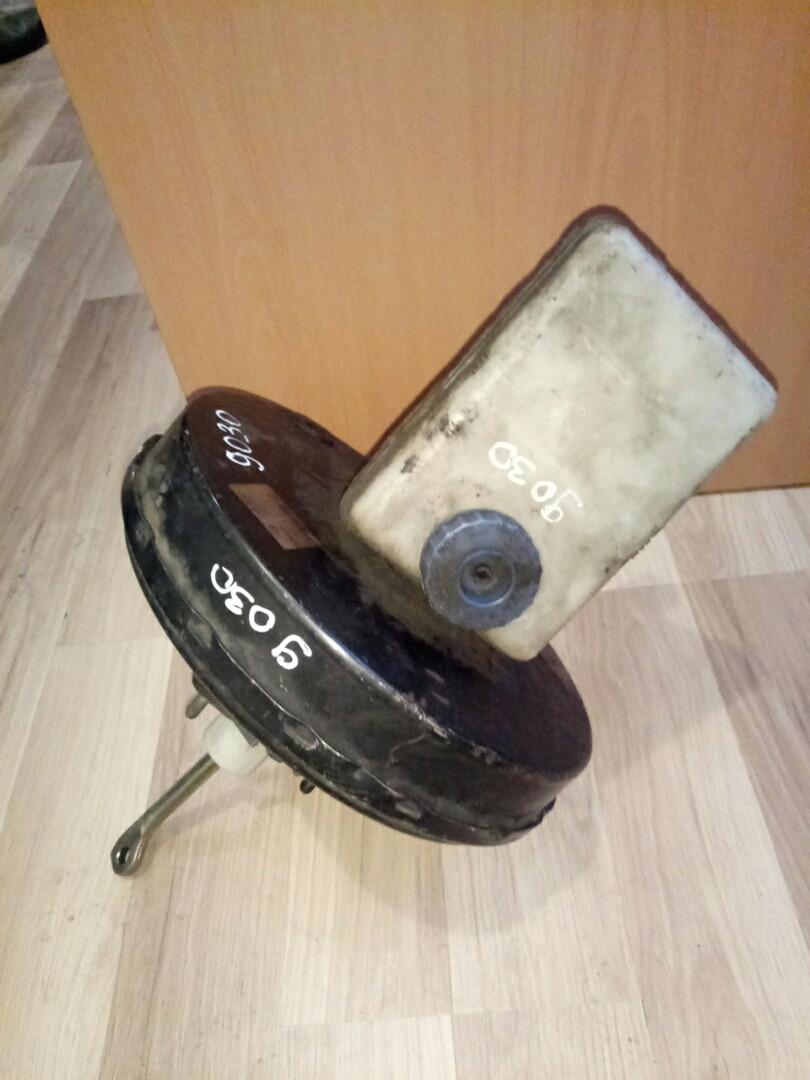 Вакуумный усилитель тормозов  Е2 с главным тормозным Б/У IVECO 99483923