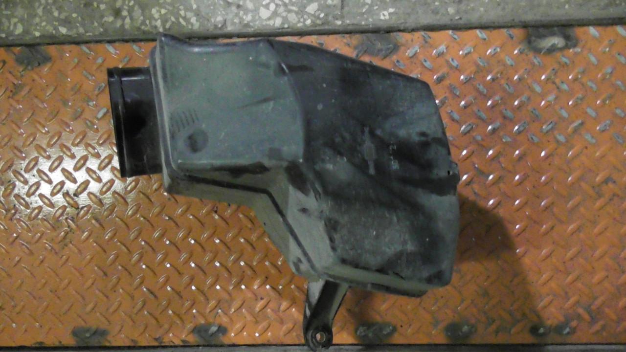 165859Y500 Резонатор  фильтра воздушного  Nissan Teana VQ23DE в отличном состоянии