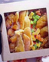 Набор цукатов: райское яблоко, манго, ананас кубик, персик