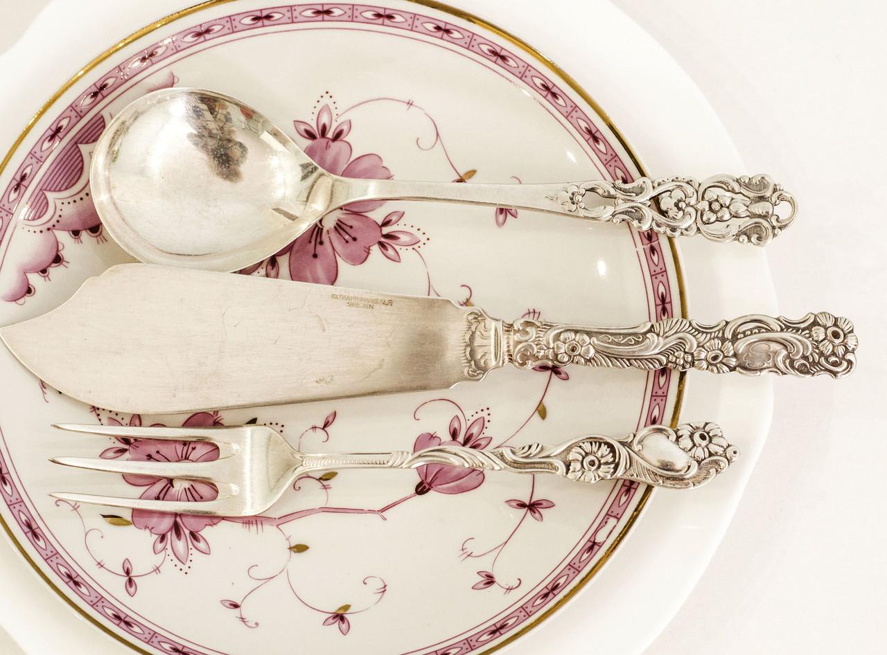 Набор из трех приборов, столовый нож, вилка и ложка, серебрение, мельхиор, Швеция