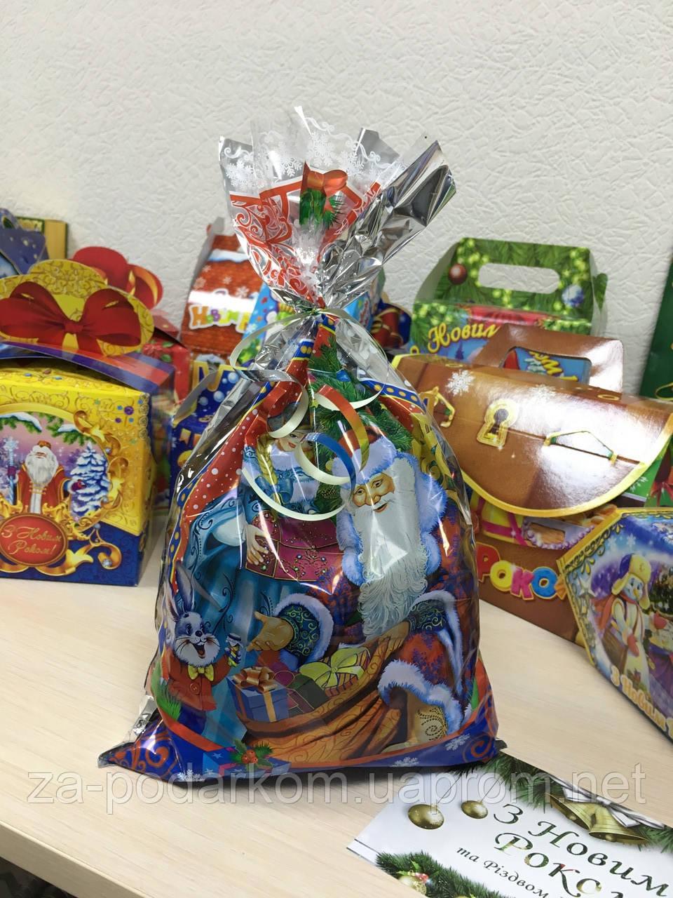 Недорогие сладкие новогодние подарки 600г в пакете
