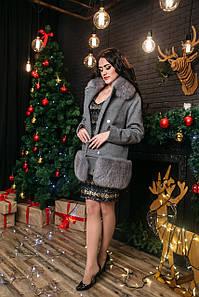 Пальто с натуральным мехом финского песца