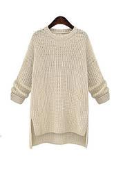Женский удлиненный вязаный свитер бежевый