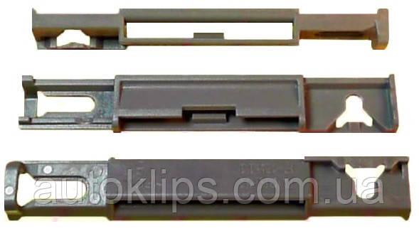 Кліпса кріплення молдинга біля лобового скла Citroen C4, DS4, DS5 / Peugeot 3008, 5008