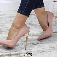 Женские туфли лодочки с золотым каблукои пудра e819effc9ae78