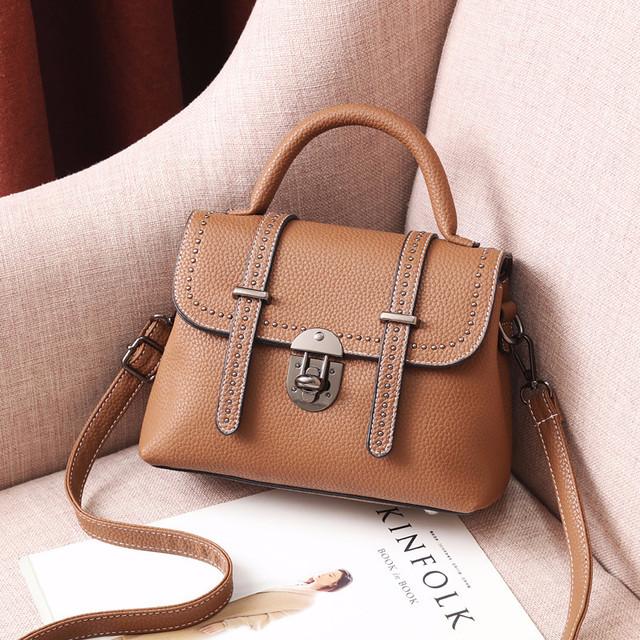 Мини сумочка через плечо коричневый