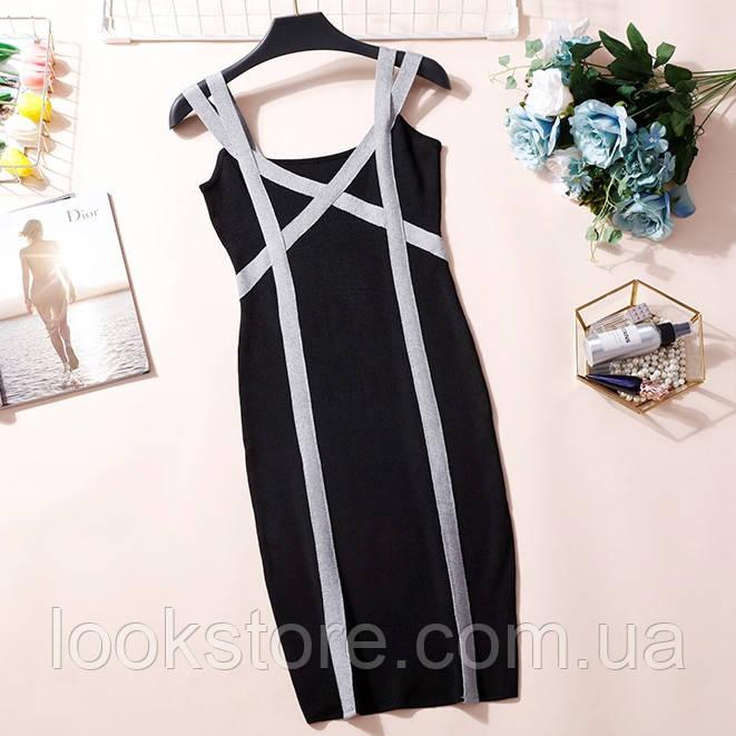 Женское трикотажное платье на бретелях черное