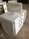 Широкий маникюрный стол на два рабочих места с полочками для лаков, фото 6