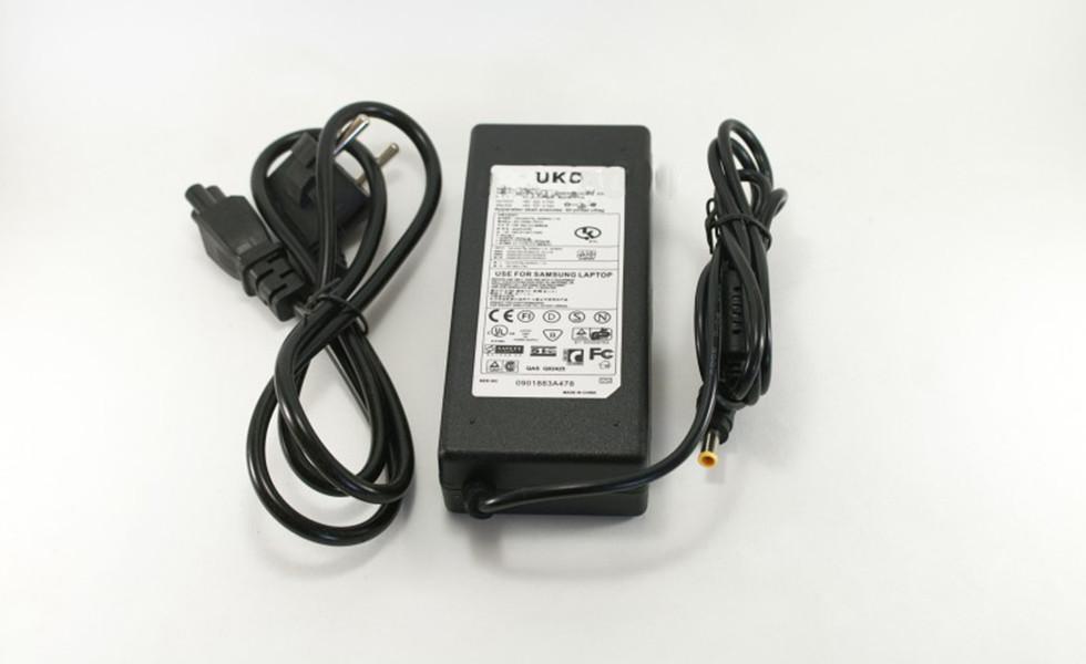 Блок питания для ноутбука SAMSUNG 19V 4.74A UKC кабель 0567, КОД: 208803