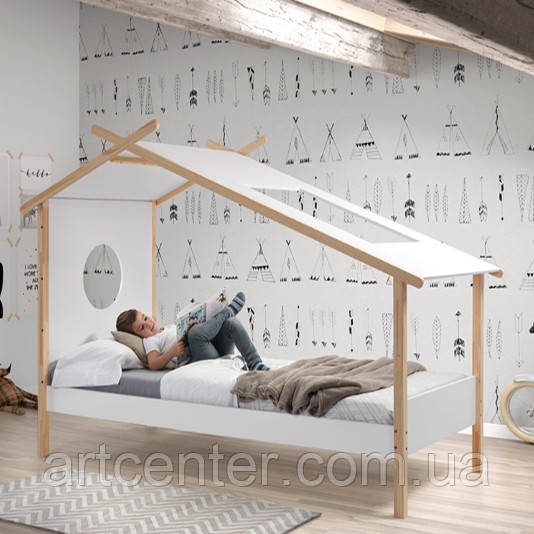 Кроватка-домик на ножках из натурального дерева, цвет слоновой кости