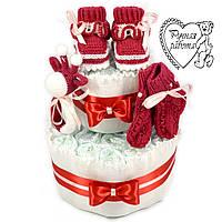 Торт з підгузників. Торт з памперсів, пінетки, шкарпетки, брязкальце. 0 - 2 місяці, бордовий