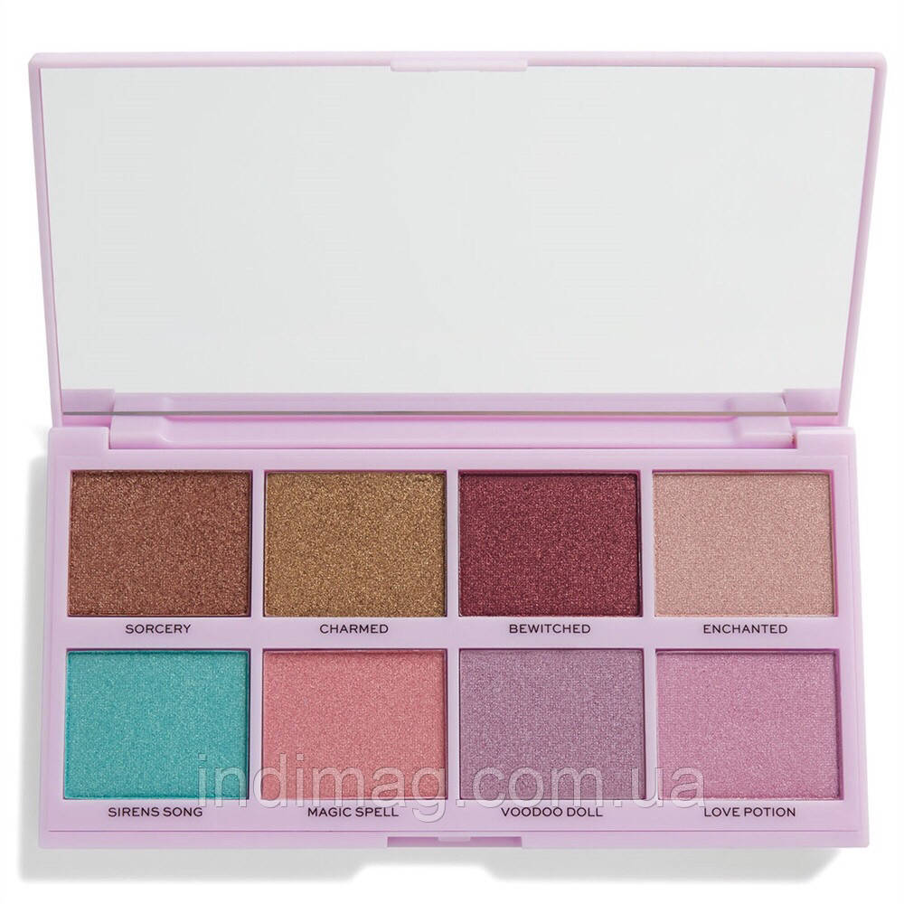 Палетка Revolution Under your spell Eyeshadow Palette «В стиле»