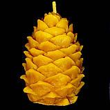 """Новогодняя восковая свеча """"Кедровая шишка"""" из натурального пчелиного воска, фото 2"""