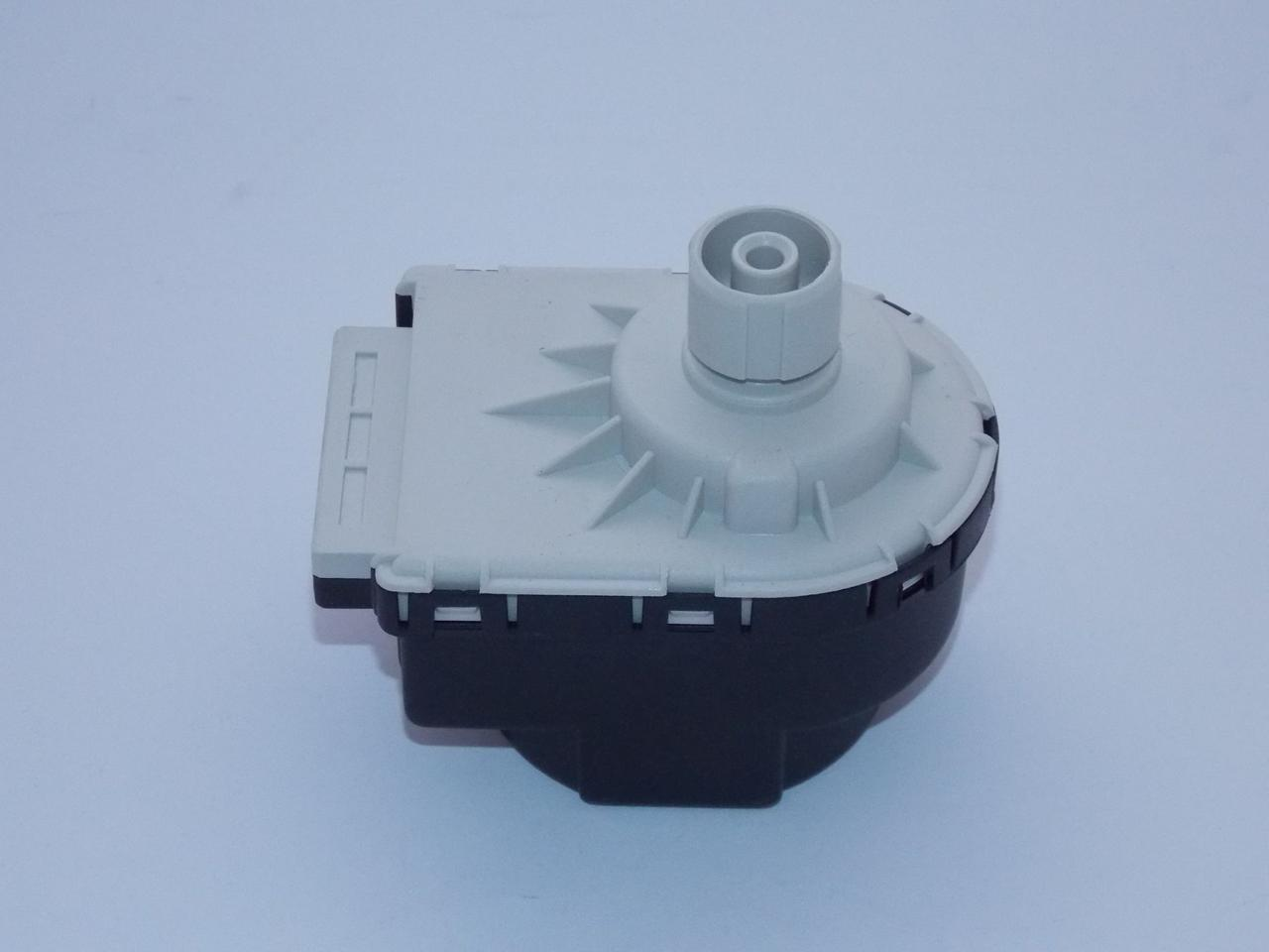 Электропривод (сервомотор) трехходового клапана Ariston 61302483.
