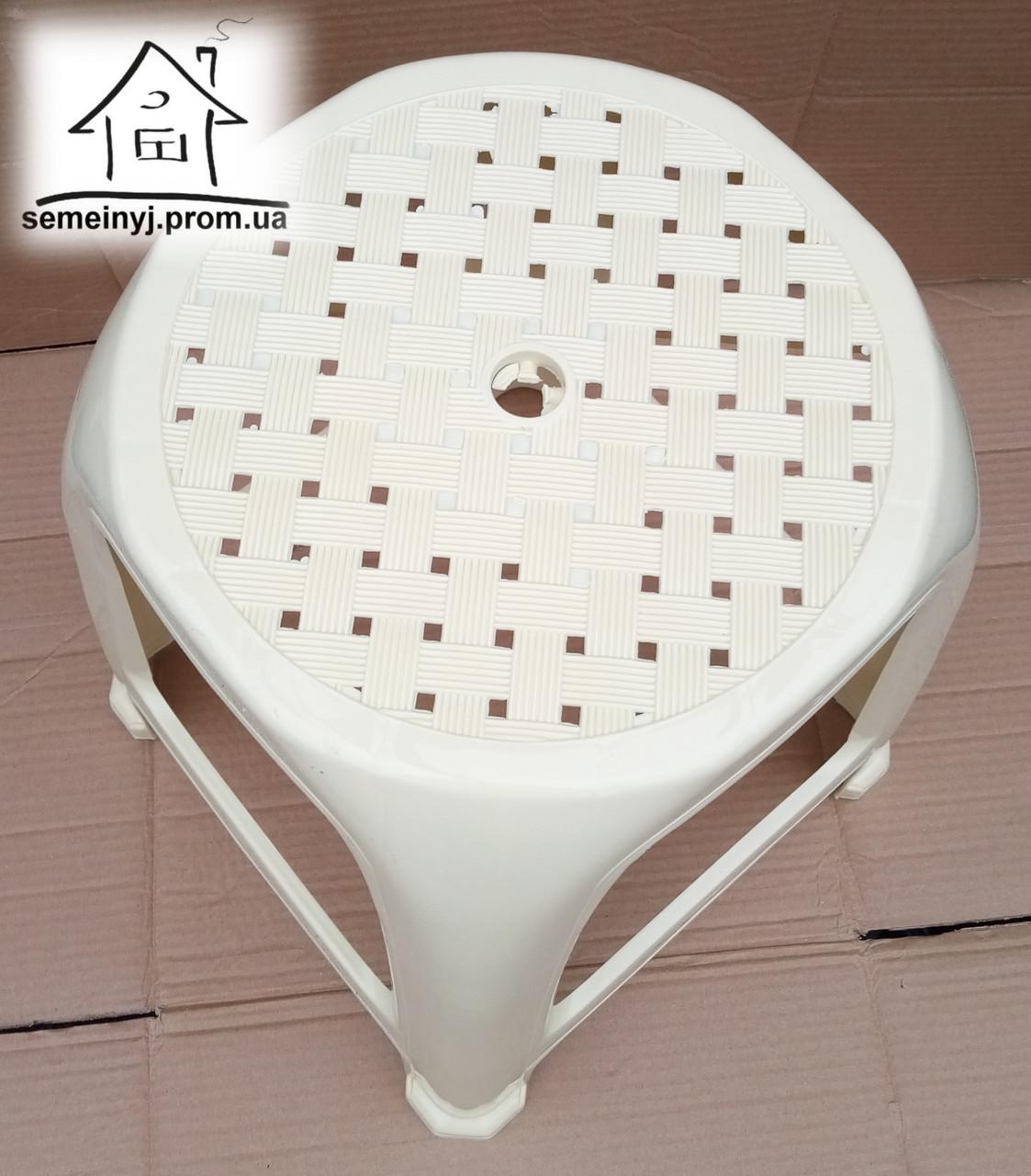 Стілець, табурет пластиковий Полімер (бежевий) С011
