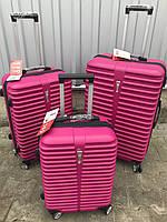 Большой пластиковый чемодан Ormi 8009 на 4 колесах розовый, фото 1