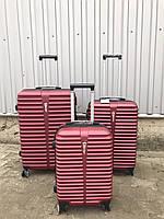 Средний пластиковый чемодан Ormi 8009 на 4 колесах бордовый, фото 1