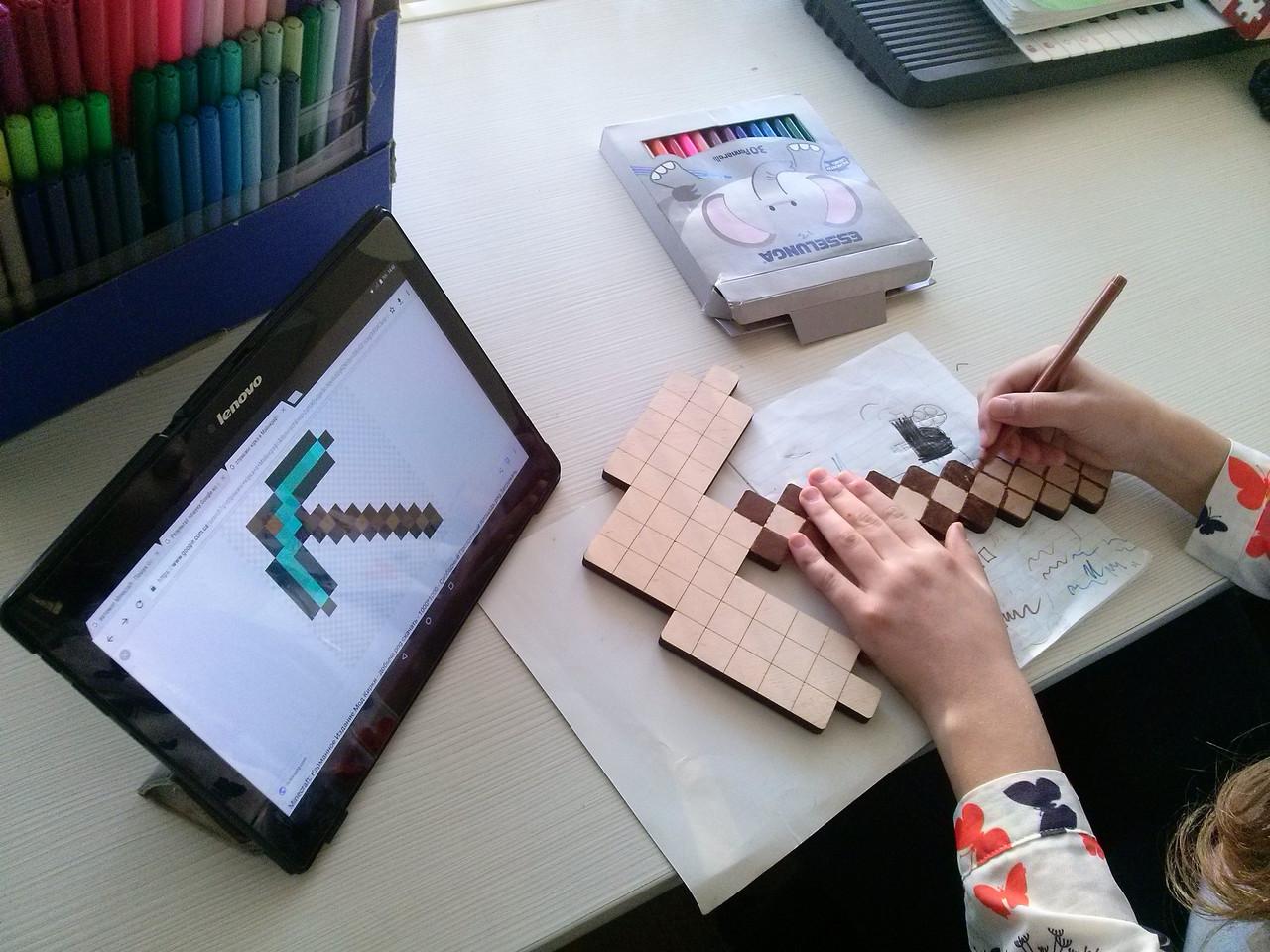 Кирка - розмальовка Minecraft (кирка - раскраска Майнкрафт ...