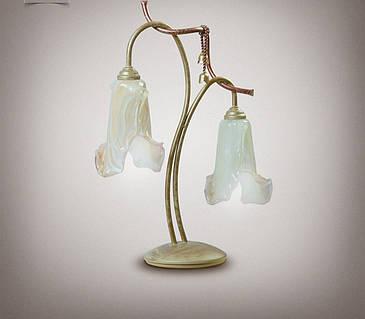 Металлическая настольная лампа 5900