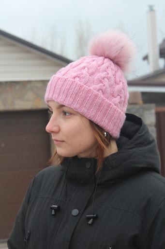 вязание шапки узором косы видео мастер класс описание схема фото