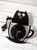 """Часы  настенные  """"Кошка в чашке """" из дерева."""