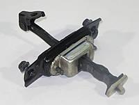 Ограничитель двери передний правый Nissan Leaf ZE0 (10-13) 80430-3NA0A