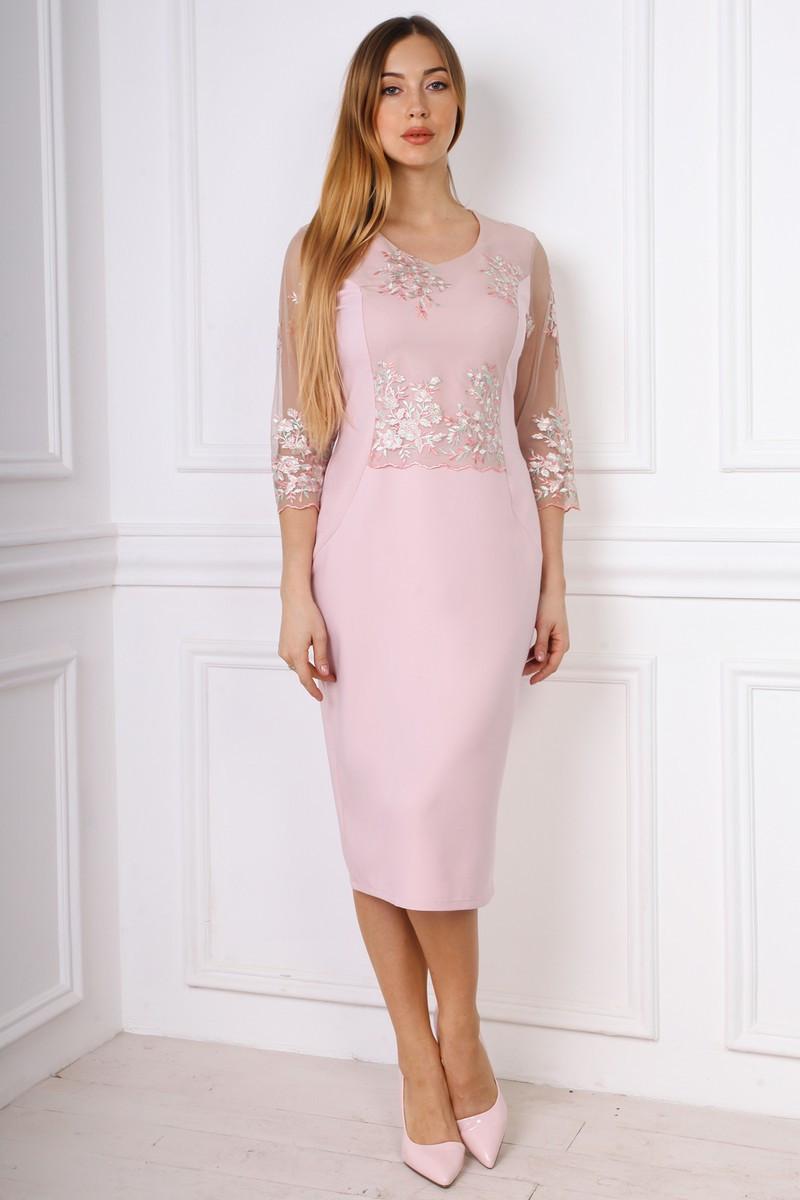 Стильное нарядное прилегающее платье со вставками евросетки