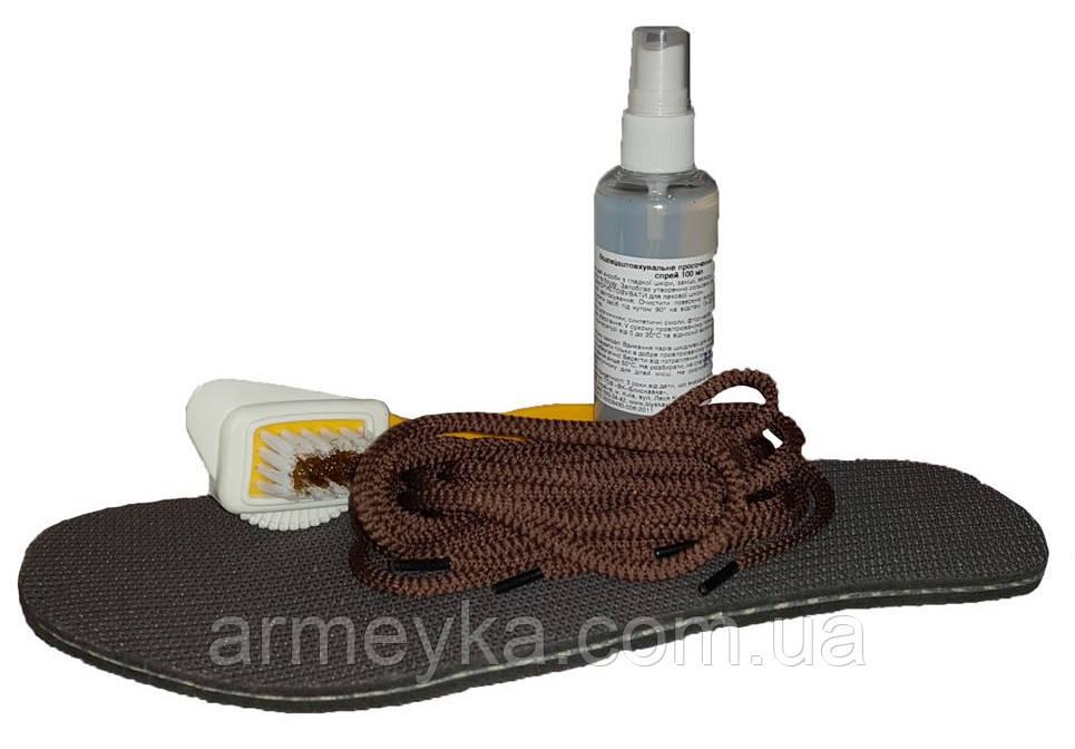 Набор (щетка+водоотталкивающий спрэй+стельки+шнурки). UA