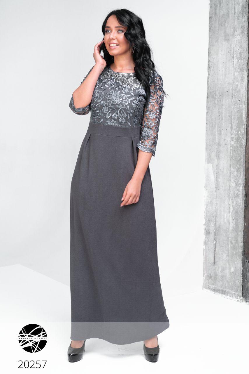c86c4657319 Вечернее платье макси серебристого цвета. Модель 20257. Размеры 50-56 - Irse  в