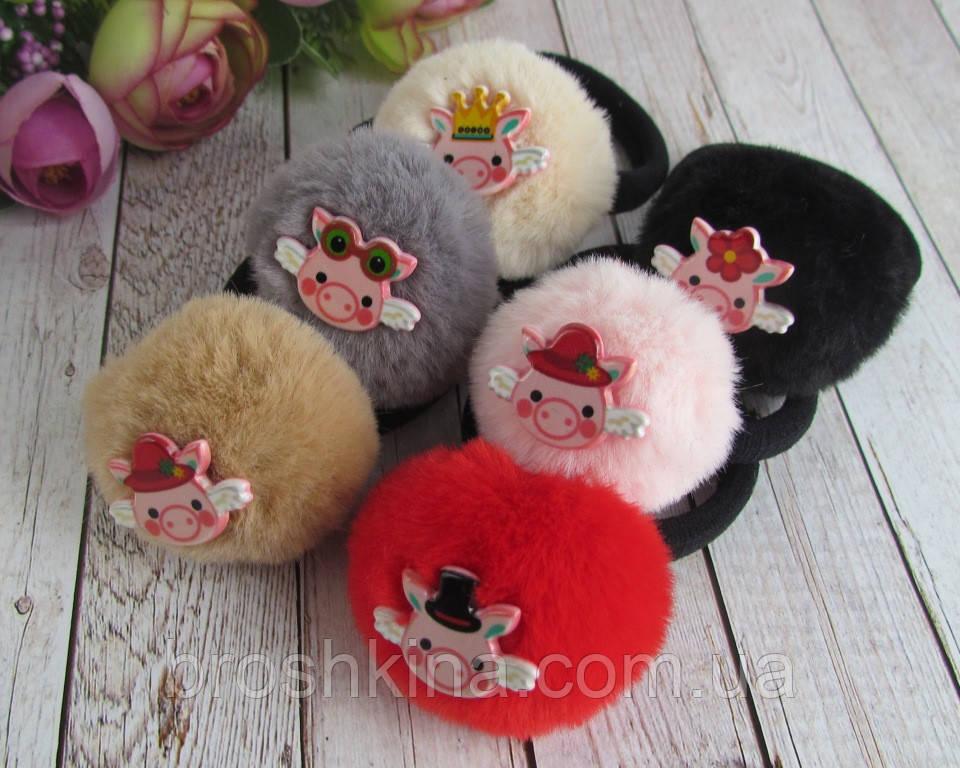 Резинки для волос меховые помпоны Свинки 12 шт/уп