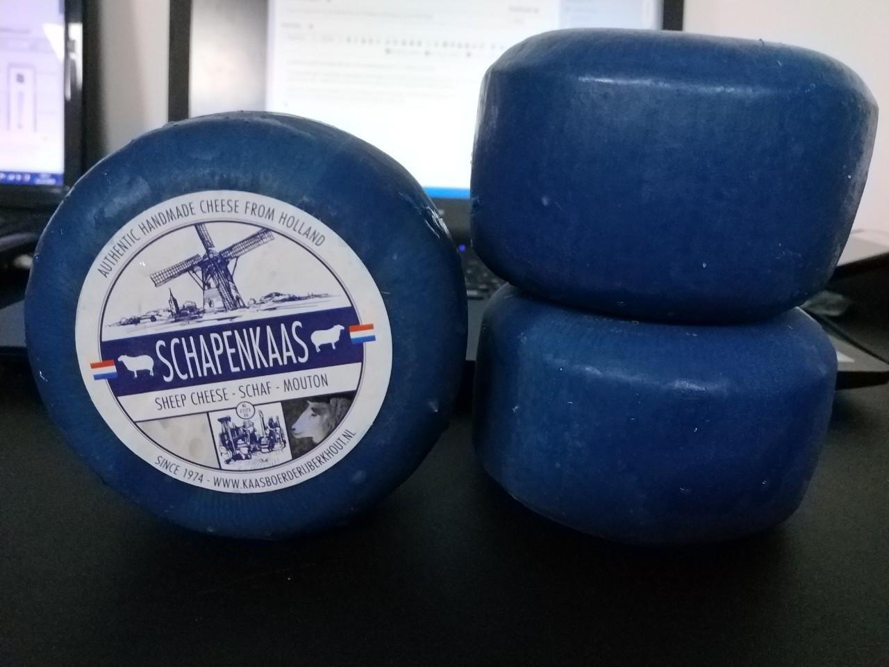 Сыр голландский авторский Berkhout Schapenkaas из овечьего молока цена за шт (350-400г)