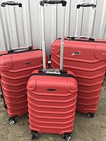 Малый пластиковый чемодан Ormi 2065 на 4 колесах красный, фото 1